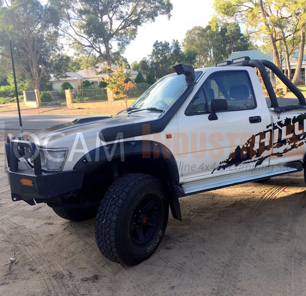 Kut Snake Flares For Toyota Hilux 106 107 Series Fronts