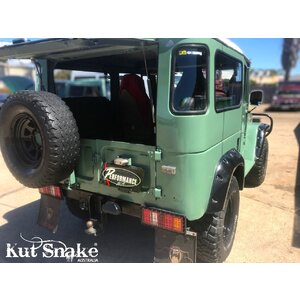 Kut Snake Flares for Toyota Landcruiser FJ 40 Series, Pre-1977 models, ABS, Fronts only